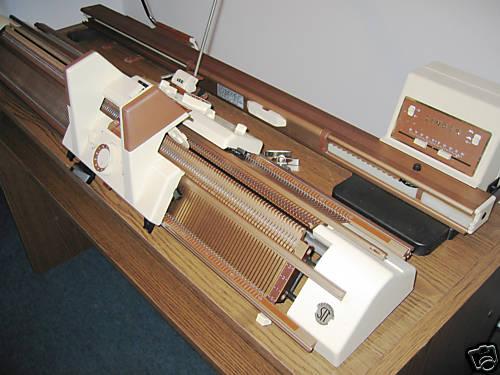 Двухфонтурная вязальная машина